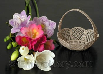 Freestanding lace basket #2