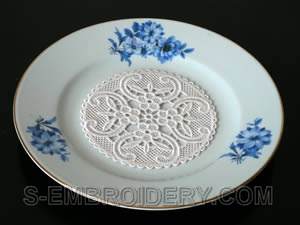 Freestanding Lace Coaster