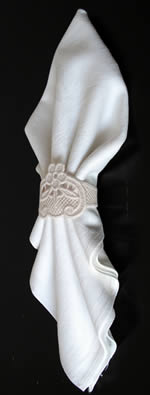 Freestanding Lace Napkin ring
