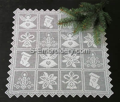 Freestanding lace Christmas crochet doily