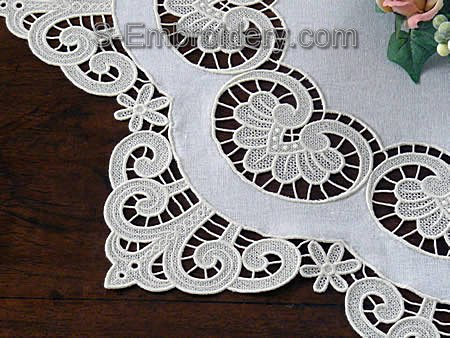 Freestanding Lace and Fabric Doily - details