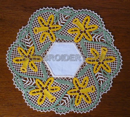 Daffodil Battenberg Lace Doily - color version