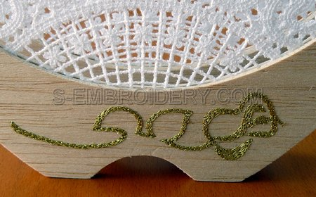 Napkin holder rose embroidery decoration