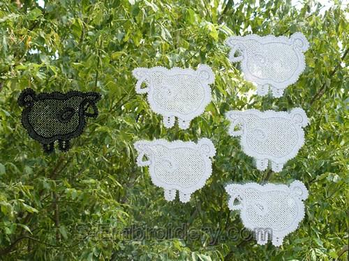 Lamb Freestanding lace ornaments