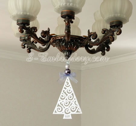 Large Christmas tree lace ornament