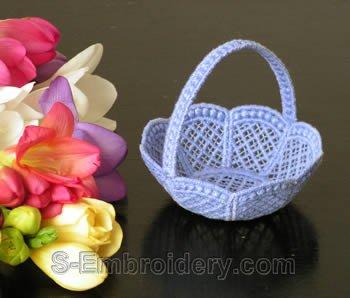 10232 Free standing lace wedding basket No7