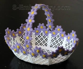 10273 Free standing lace wedding basket No24