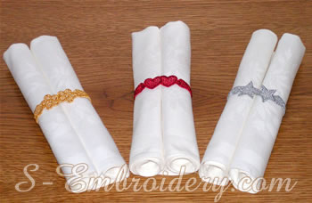 10313 Free standing lace napkin rings