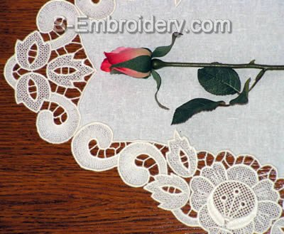 10427 Free standing lace doily embroidery