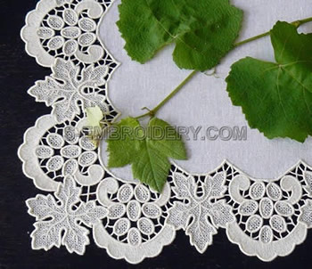 10480 Free standing lace grapes border set