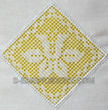 10510 Daffodil free standing lace crochet square