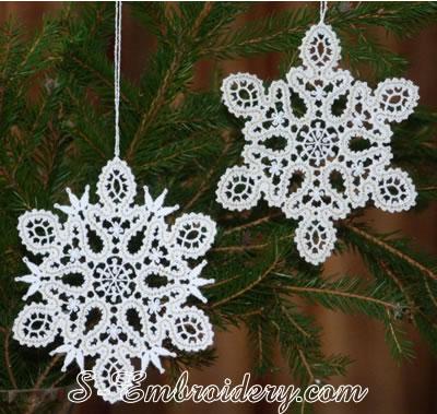 10621 Battenburg lace snowflake Christmas ornament
