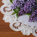 10418 Free standing lace rose doily