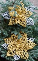 10635 Poinsettia free standing lace Christmas ornament set
