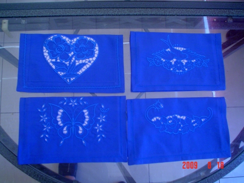 Napkins with cutwork lace embroidery