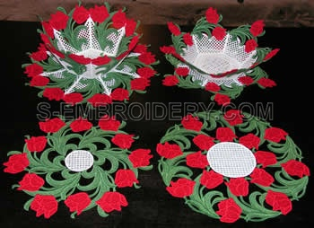 Tulip freestanding lace bowls and doilies set
