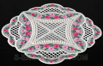 Mini rose freestanding doily #3
