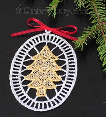 Christmas tree freestanding lace decoration