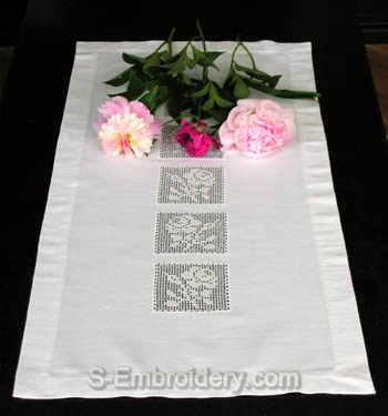 Table runner with FSL crochet square decoration