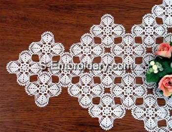 Freestanding Lace Crochet Doily close-up image