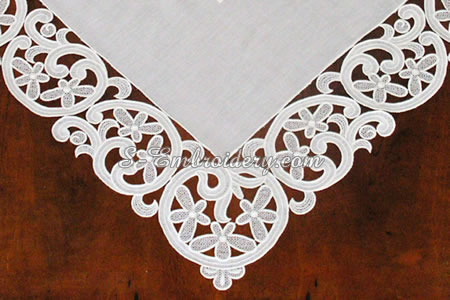Free standing lace table topper  - detail