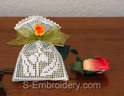 Freestanding lace crochet lavender sachet