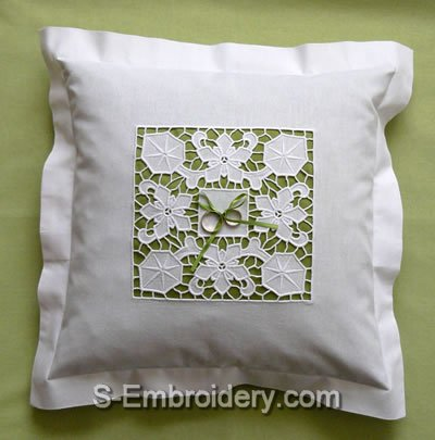 Wedding ring bearer pillow with floral cutwok lace decoration