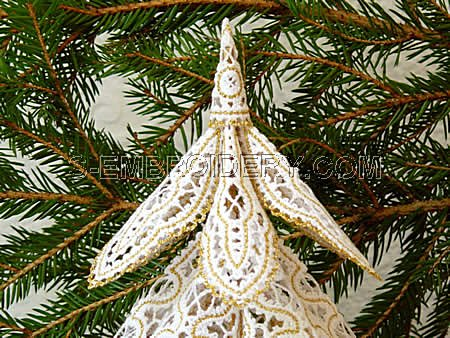 Battenberg Lace Christmas Tree detail