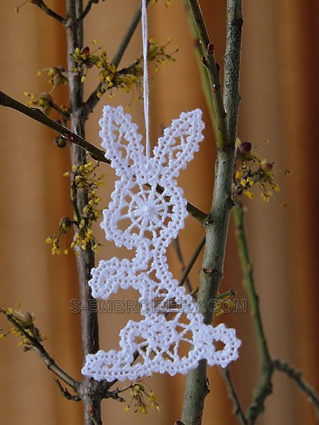 Easter bunny Battenberg lace ornament