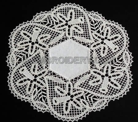 Daffodil Battenberg Lace Doily - single color version