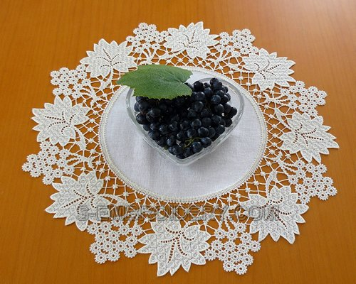 Grapes Battenberg lace doily