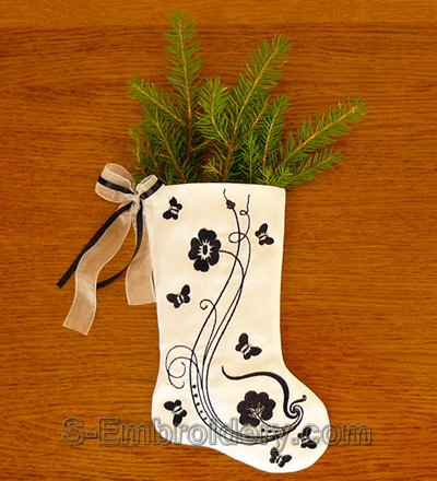 Christmas stocking with embroidery decoration