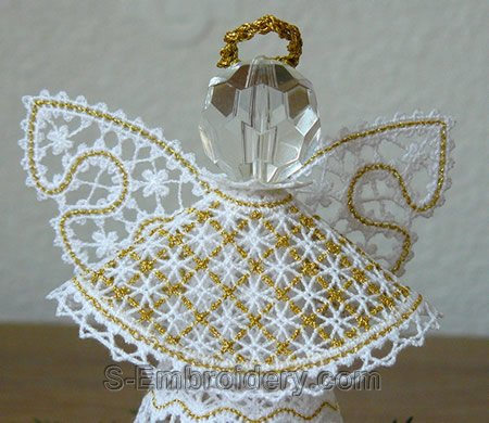 3D freestanding lace Christmas angel - detailed image