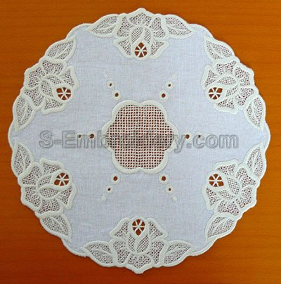 Freestanding lace and cutwork rose embroidery doily