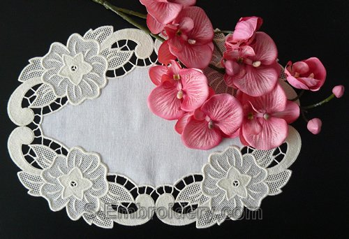 Freestanding lace floral doily
