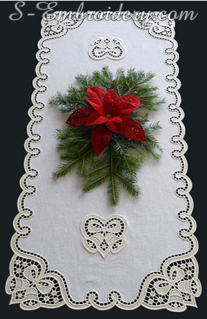 Christmas table runner machine embroidery project