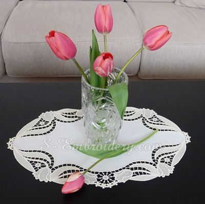 Tulips free standing lace doily machine embroidery designs