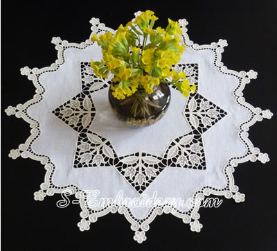 Tulips free standing lace doily machine embroidery set