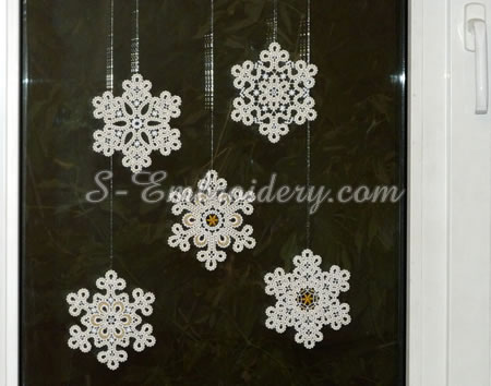 Snowflake freestanding lace window ornaments