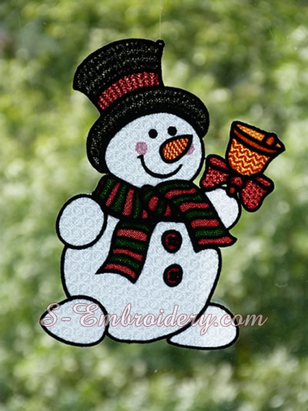 Snowman Christmas window decoration in free standing lace