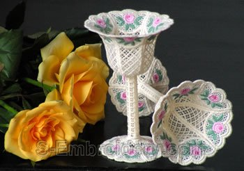 10288 Mini rose free standing lace wedding goblet No2