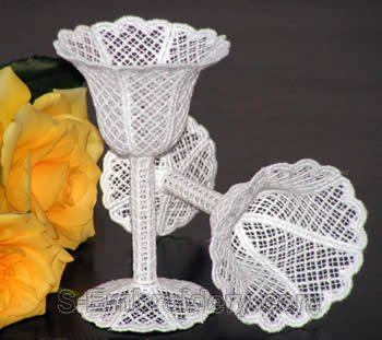 10289 Free standing lace wedding goblet No3