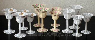 10290 Free standing lace wedding goblet set