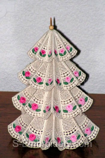 10394 Free standing lace Christmas tree