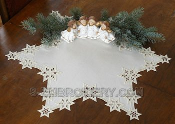 10430 Free standing lace star doily