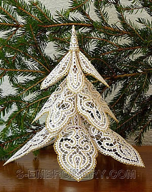 10475 Battenberg lace Christmas tree embroidery set