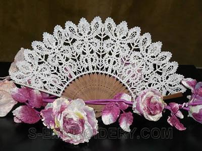 10476 Battenberg lace fan and doily set