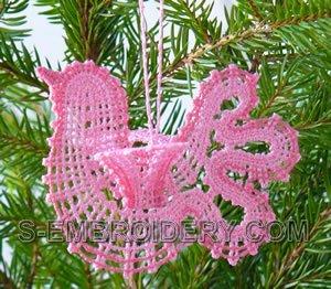 10477 Battenberg lace doves ornaments