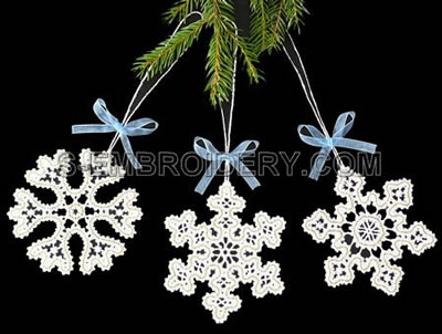 10490 Battenberg lace snowflake ornaments