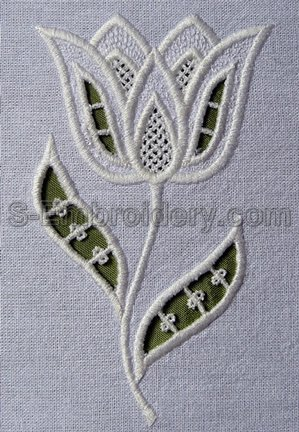 10538 Cutwork Lace Tulip Embroidery